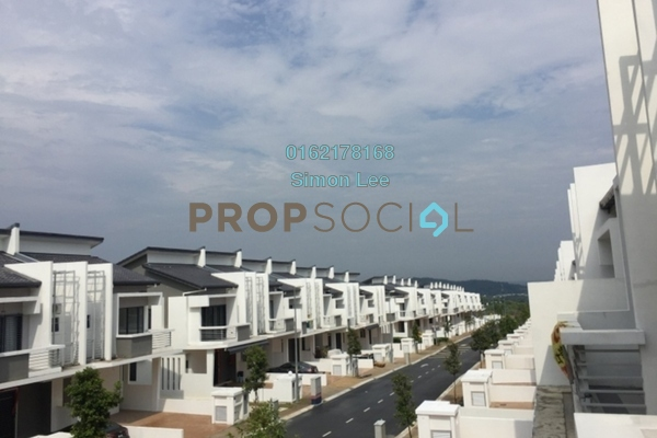 For Sale Superlink at LakeClub Parkhome, Rawang Freehold Unfurnished 5R/5B 700k