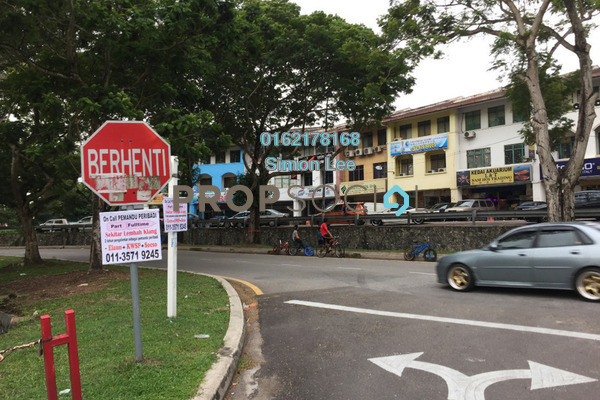 For Sale Terrace at SD12, Bandar Sri Damansara Freehold Semi Furnished 4R/3B 1.6m