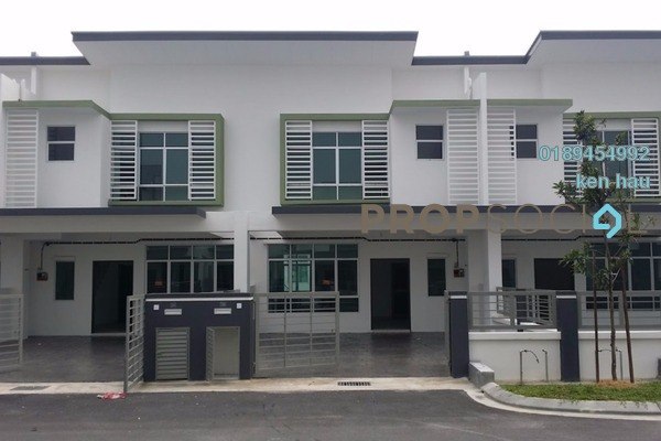For Sale Terrace at Bandar Saujana Utama, Sungai Buloh Freehold Semi Furnished 4R/3B 465k
