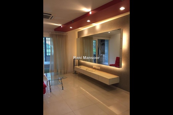 For Rent Condominium at Tivoli Villas, Bangsar Freehold Fully Furnished 1R/1B 2.2k