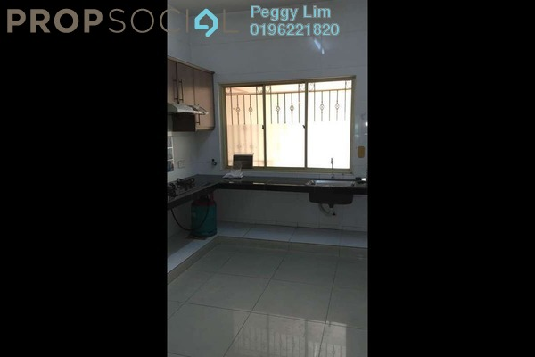 For Rent Condominium at East Lake Residence, Seri Kembangan Freehold Semi Furnished 3R/2B 2.3k