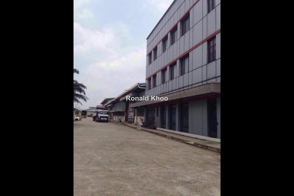 For Rent Factory at USJ 1, UEP Subang Jaya Leasehold Unfurnished 0R/0B 11.5k