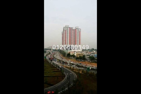For Sale Apartment at Main Place Residence, UEP Subang Jaya Freehold Unfurnished 2R/1B 370k