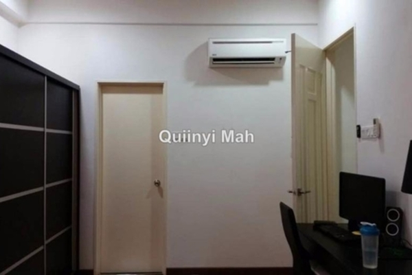 For Rent Condominium at Subang Parkhomes, Subang Jaya Freehold Semi Furnished 3R/2B 2.5k