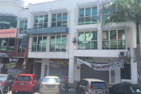 For Sale Shop at Puteri 1, Bandar Puteri Puchong Freehold Unfurnished 0R/0B 1.8m