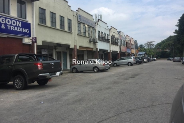 For Rent Shop at PJS 9, Bandar Sunway Leasehold Unfurnished 0R/0B 3k