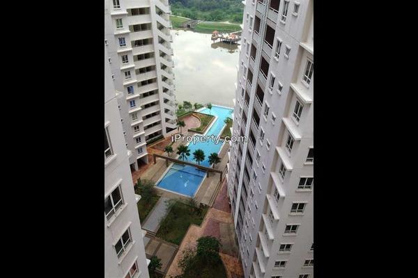 For Sale Condominium at Cova Villa, Kota Damansara Leasehold Fully Furnished 3R/2B 560k