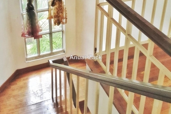 For Sale Bungalow at Saujana Akasia, Sungai Buloh Freehold Semi Furnished 5R/4B 1.15m