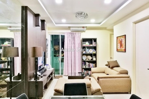 For Sale Condominium at Saville, Melawati Freehold Semi Furnished 3R/2B 580k