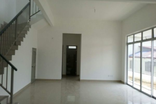 For Rent Terrace at Taman Beringin, Banting Freehold Unfurnished 4R/3B 2.2k
