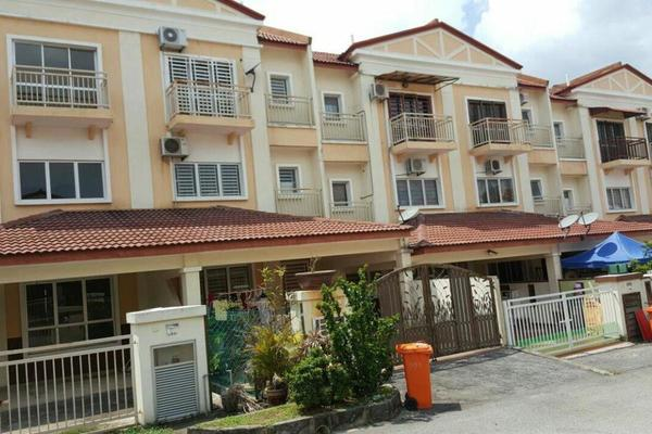 For Sale Townhouse at Lavender Heights, Senawang Freehold Unfurnished 5R/4B 420k