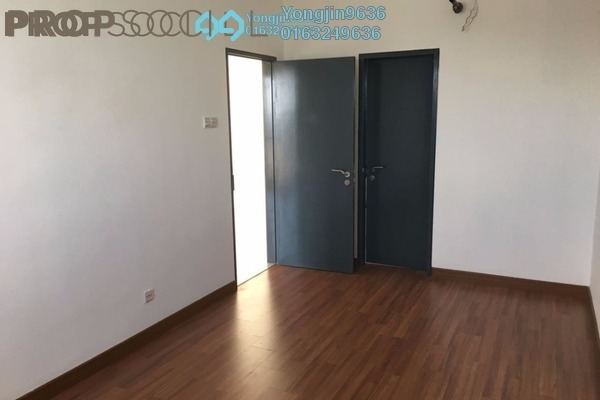 For Sale Serviced Residence at Da Men, UEP Subang Jaya Freehold Unfurnished 2R/2B 900k