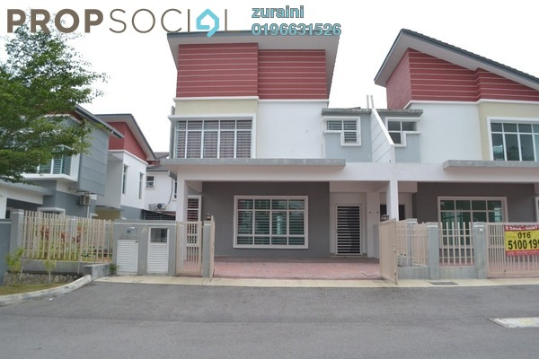 For Sale Semi-Detached at Taman Pelangi Semenyih 2, Semenyih Freehold Semi Furnished 4R/4B 750k