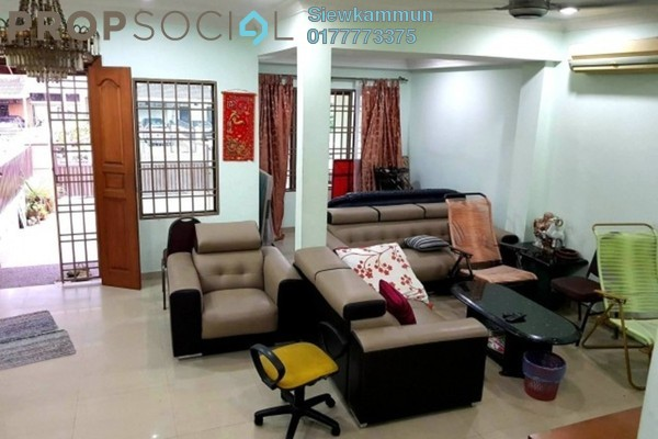 For Sale Terrace at Taman Bukit Maluri, Kepong Freehold Semi Furnished 4R/4B 990k