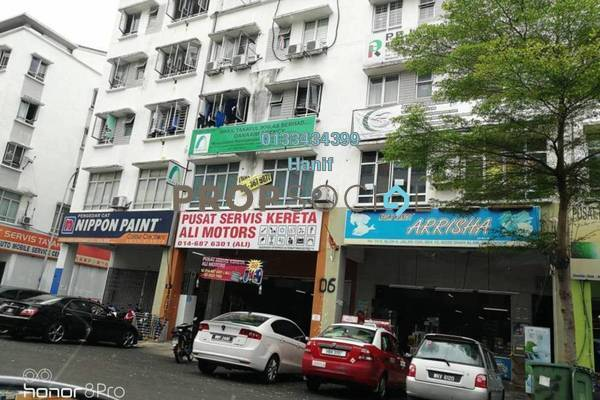 For Sale Apartment at Dataran Otomobil, Shah Alam Freehold Unfurnished 2R/1B 260k