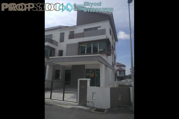 For Sale Semi-Detached at Carnation Villa, Bukit Minyak Freehold Unfurnished 6R/5B 830k