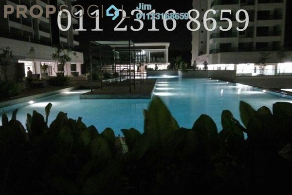 For Sale Condominium at Paragon 3, Bandar Putra Permai Freehold Fully Furnished 3R/3B 630k