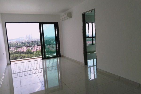 For Rent Condominium at Epic Residence, Bandar Bukit Puchong Freehold Semi Furnished 1R/1B 1.2k