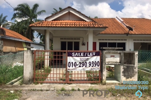 For Sale Semi-Detached at Kampung Lombong, Shah Alam Freehold Unfurnished 3R/2B 360k