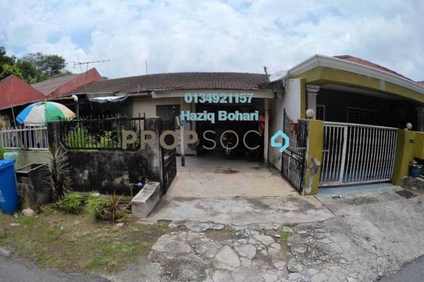 For Sale Terrace at Section 24, Shah Alam Freehold Semi Furnished 3R/2B 300k