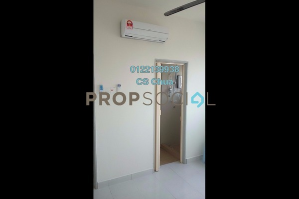 For Rent Condominium at Main Place Residence, UEP Subang Jaya Freehold Semi Furnished 2R/1B 1.3k