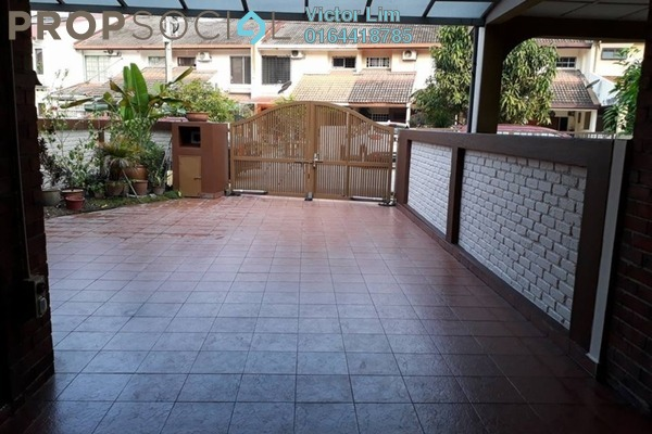 For Sale Terrace at SS12, Subang Jaya Freehold Semi Furnished 5R/3B 825k