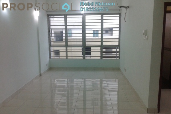 For Rent Serviced Residence at e-Tiara, Subang Jaya Freehold Semi Furnished 2R/2B 1.9k