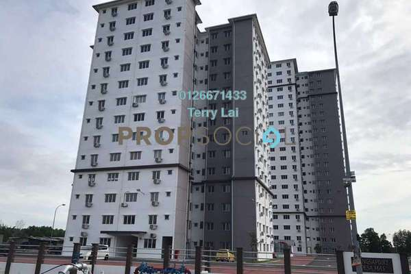 For Sale Apartment at Bandar Country Homes, Rawang Freehold Semi Furnished 3R/1B 170k