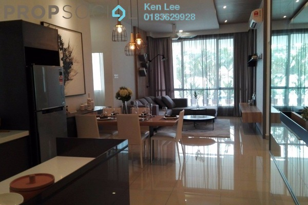 For Sale Condominium at Putra Platinum, Kajang Freehold Semi Furnished 3R/2B 468k