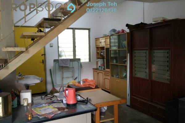 For Sale Terrace at Taman Puchong Indah, Puchong Freehold Unfurnished 2R/1B 370k