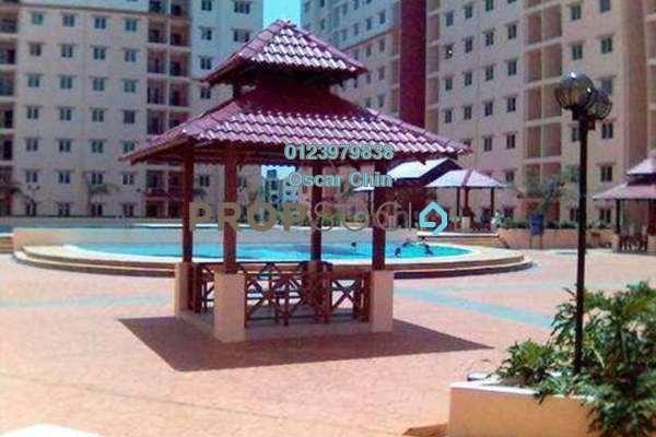 For Sale Condominium at Bandar Puteri Bangi, Kajang Freehold Semi Furnished 3R/2B 450k