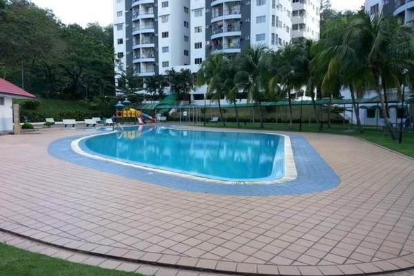 For Sale Condominium at Awana Puri, Cheras Freehold Semi Furnished 3R/2B 470k