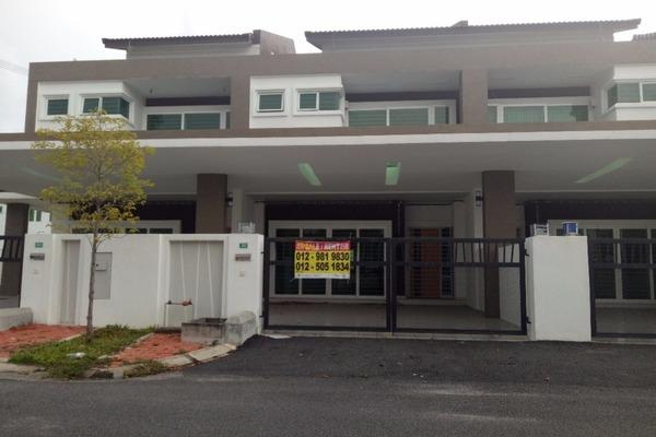 For Rent Terrace at Bandar Seri Botani, Ipoh Freehold Unfurnished 4R/3B 1.2k