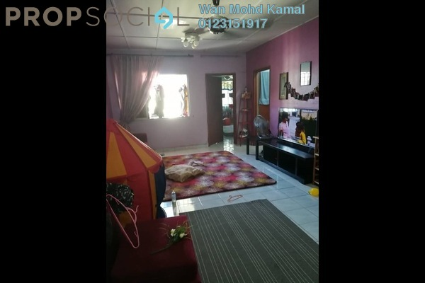 For Sale Apartment at Suria Subang Apartment, Shah Alam Leasehold Semi Furnished 3R/2B 215k