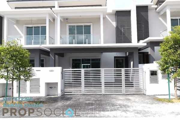 For Sale Superlink at Anggun 2, Setia Alam Freehold Unfurnished 4R/4B 900k