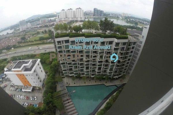 For Sale Condominium at Univ 360 Place, Seri Kembangan Freehold Unfurnished 3R/2B 420k