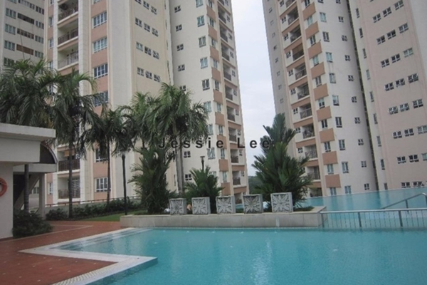 For Sale Condominium at The Boulevard, Subang Jaya Leasehold Semi Furnished 3R/3B 750k