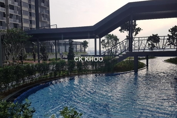 For Sale Condominium at The Petalz, Old Klang Road Freehold Semi Furnished 3R/2B 490k