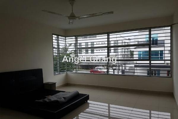 For Rent Semi-Detached at Taman Sutera Residences, Bandar Tun Hussein Onn Freehold Semi Furnished 5R/4B 1.8k