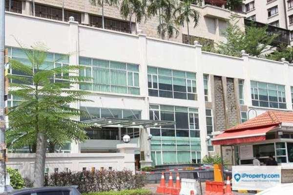 For Rent Condominium at Sri Putramas II, Dutamas Freehold Semi Furnished 3R/2B 1.8k