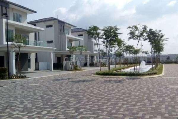 For Sale Bungalow at Senibong Cove, Bandar Baru Permas Jaya Leasehold Unfurnished 8R/7B 2.5m