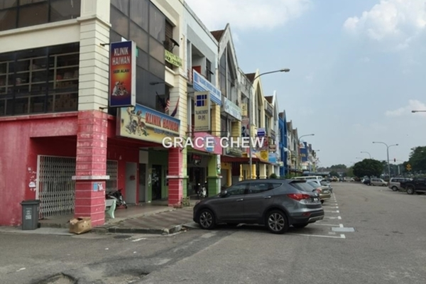 For Sale Shop at Jalan Suria, Bandar Seri Alam  Unfurnished 0R/0B 1.3m