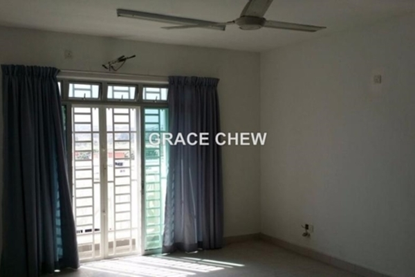For Sale Condominium at Tebrau City Residences, Tebrau  Unfurnished 3R/2B 365k