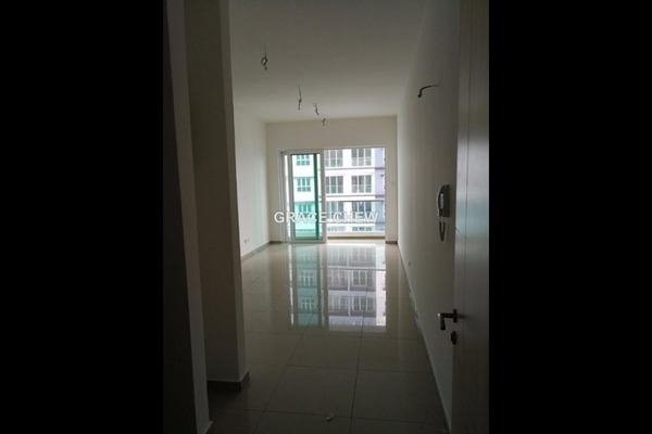 For Rent Apartment at Seasons Luxury Apartments, Johor Bahru Freehold Semi Furnished 2R/2B 1.2k