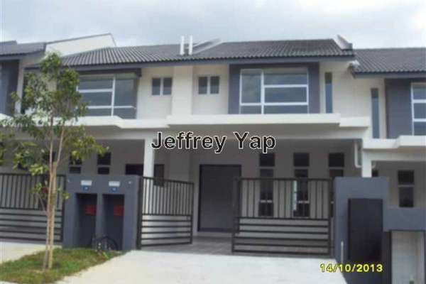 For Sale Link at Bangi Avenue, Kajang Freehold Unfurnished 4R/3B 580k