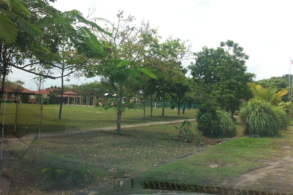 For Rent Link at BP10, Bandar Bukit Puchong Freehold Unfurnished 4R/3B 1.5k