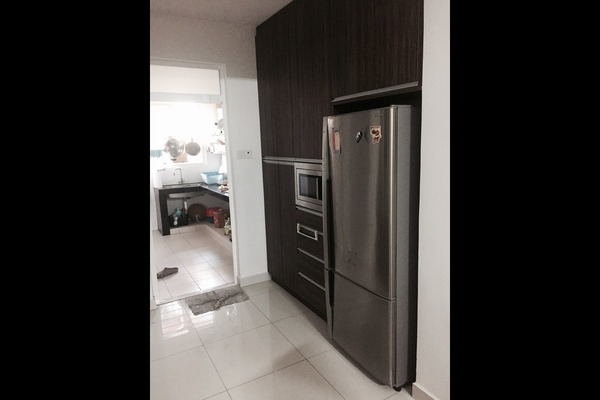 For Sale Superlink at Section U8, Bukit Jelutong  Semi Furnished 5R/4B 950k