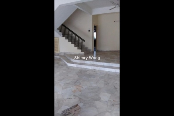 For Rent Terrace at Happy Garden, Old Klang Road Freehold Semi Furnished 4R/3B 1.8k