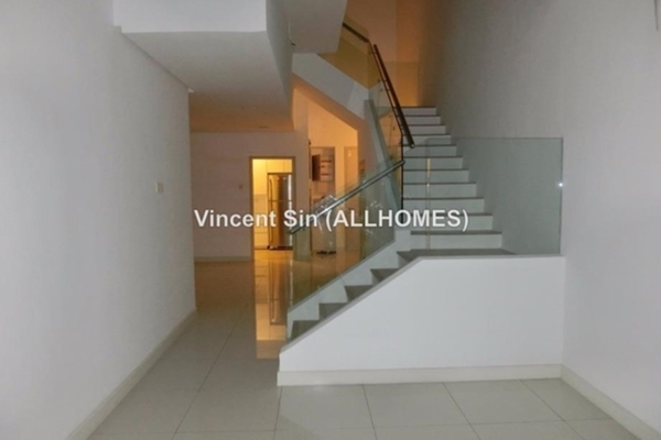 For Sale Duplex at Sunway VeloCity, Cheras Freehold Fully Furnished 3R/3B 1.75m