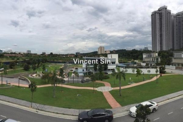 For Sale Bungalow at The Effingham, Bandar Utama Freehold Semi Furnished 6R/6B 5.38m